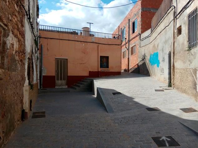 Desniveles arquitectónicos en la Calle Gonzalo de Córdoba