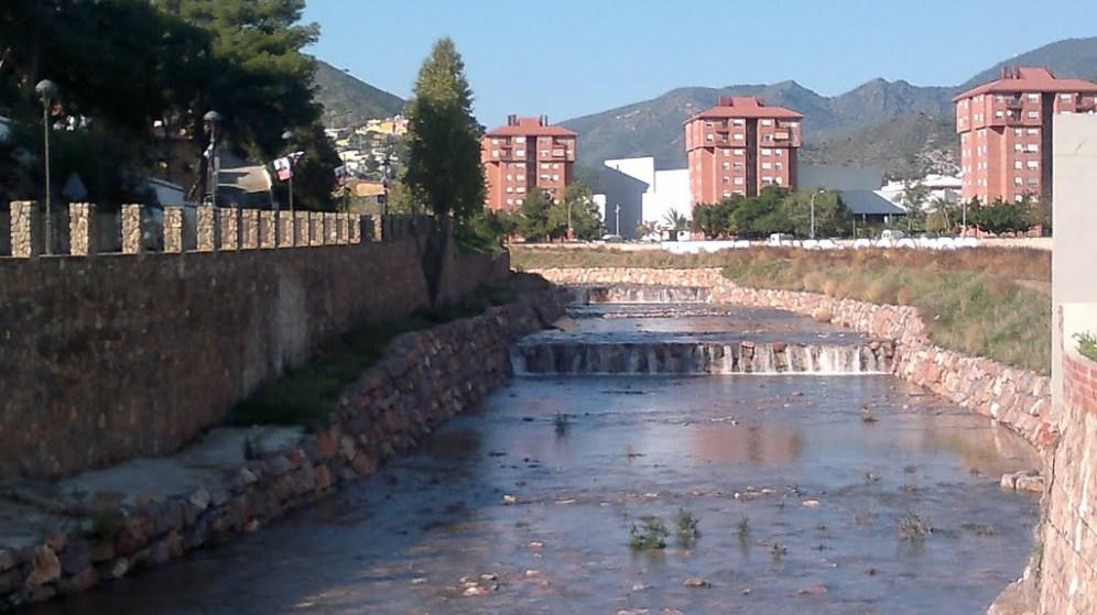 Tables o assuts al riu Belcaire