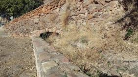 Acequia que viene del acueducto de l'Alcudia por debajo de la Fabrica de la llum.